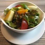 レストラン コンテッラ - サラダ、