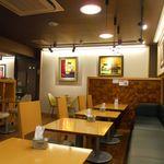 カフェ ボナフェ - 店内