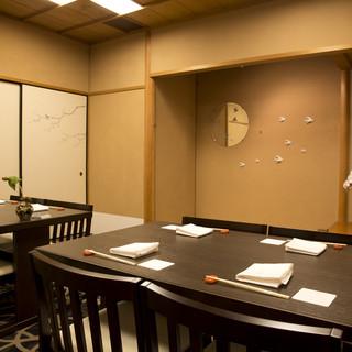 接待にも最適な個室とこだわりのお料理