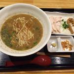 45088785 - 煮干し醤油鶏白湯ラーメン