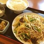 同楽 - 肉野菜炒め。