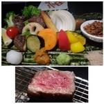 博多 十和蔵 - お肉などは調理済みですけれど「炭火」が添えらますので、温め直して頂くこともできます。 こういうアイデアはいいですね。 お野菜もタップリですし、ステーキソースもいいお味でした。