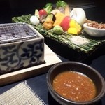 博多 十和蔵 - 豊後牛と旬野菜の炭火焼(80g:2300円)