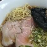麺侍どらぁご - 麺と低温チャーシュー