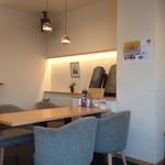 おてらCafe - とても雰囲気の良い店内