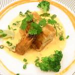 レ・コパン - 天使の海老のパイ包み焼き アメリケーヌソース