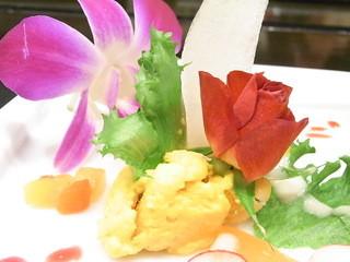 レ・コパン - 人参のムース バラは食べられますが蘭は食べられません