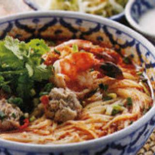 タイ出身の女性シェフが作る、バランスのとれたタイ料理。