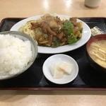 さか本 - 料理写真:ホルモン定食