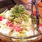 八じゅう - 八じゅうのサラダ(650円)