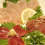 九州郷土料理・炭火やきとり かしわ舎 - ささみ・肝・ズリの盛り合わせ。これで480円はお得です♪