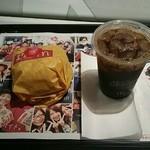 45111603 - ○○○エグチとアイスコーヒーSで340円!