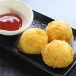 串道楽 潤 - もっちりチーズポテト