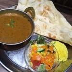 インドカレー&ナン ムンバイ - 豆カレー