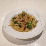 GATTA NERA - 料理写真:2015年版越前産セイコ蟹とブロッコリーのクリームパスタ