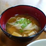桜井ロングゴルフ - 素麺と豆腐の味噌汁