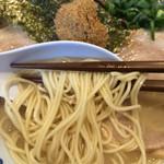 45123676 - 月のうさぎ 和風とんこつ 麺