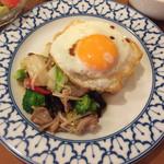 45136716 - パッパックッ ルワンミッ 豚肉と野菜炒め 750円