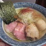 麺処 ほん田 - 塩 特選ラーメン(950円)