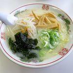 ニューホームラン - しおラーメン(600円)
