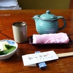 茂利戸家 - 2015年10月 予約の段階で注文も済ませると待ち時間かなり短縮。