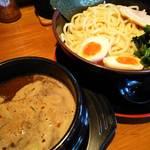 斎家 - 魚介豚骨つけ麺 2015年11月11日