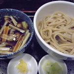 肉汁うどん 肉汁や - 肉つけうどん(680円)_2010-07-13
