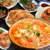 韓国家庭料理 青山 - 料理写真:アツアツのチゲ付飲み放題コースをご用意♪