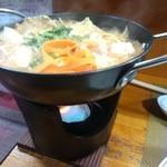 花・花 - とり野菜みそ鍋800円(石川県の鍋)