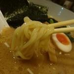 横濱家 - 「横濱家 成瀬店」麺は自家製麺を柔らかめ注文しました!