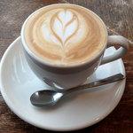 ゼロハチコーヒー - カフェラテ550円