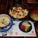 鮨処みずたに - ランチ(バラちらし) バラちらし+茶碗蒸し+お椀+香の物+デザート