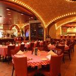 グランド・セントラル・オイスターバー&レストラン - 内観写真:NY本店同様アーチ型天井