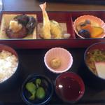 お食事処 藤吉楼 - 料理写真: