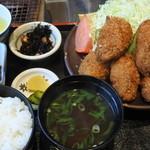 宝彩 伊勢 - 牡蠣フライ定食B@2,000