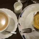 ドリヤン洋菓子店 - 料理写真:ケーキセット、(モンブラン、コーヒー)