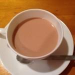 45178932 - 2015年11月:シンプルミルクティ(\600)…しっかり紅茶の味と香りがする美味しいミルクティ