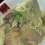 4518239 - 麺は極細麺ストレート。標準で硬めの仕上げ。