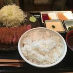 浅草 牛かつ - メニュー3:牛カツ麦とろろセット 1300