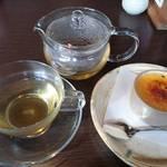 45182521 - 蕎麦茶のプリュレと蕎麦茶。