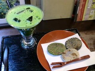 和田乃屋 本店 - 滝の焼餅です♪
