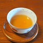 安寧 - この焙じ茶がすごく美味しい