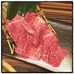 食彩和牛しげ吉 - カメノコウ。噛めば噛むほど旨味が溢れる期間限定の逸品でした。