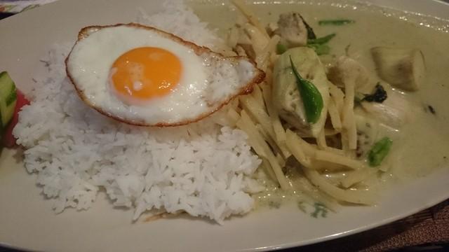 タイ料理レストラン Tha Chang 柏 本店 - ランチのグリーンカレー!