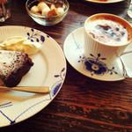 ミンガスコーヒー - ショコラ & カフェショコラ