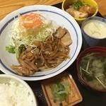 大福 - 料理写真:豚生姜焼き定食750円