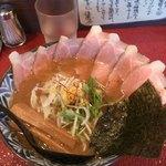 45202867 - 魚介醤油チャーシューらあめん930円(中盛)