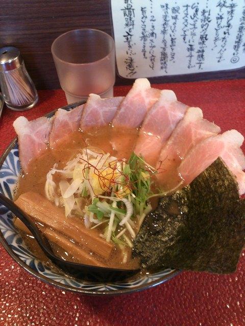 一乗寺つるかめ - 魚介醤油チャーシューらあめん930円(中盛)