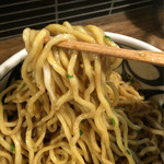 45206594 - 抜群の食感!自家製太麺はさすがです。