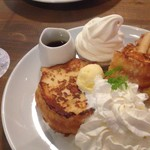 ビーカーゴ - 料理写真:フレンチトースト